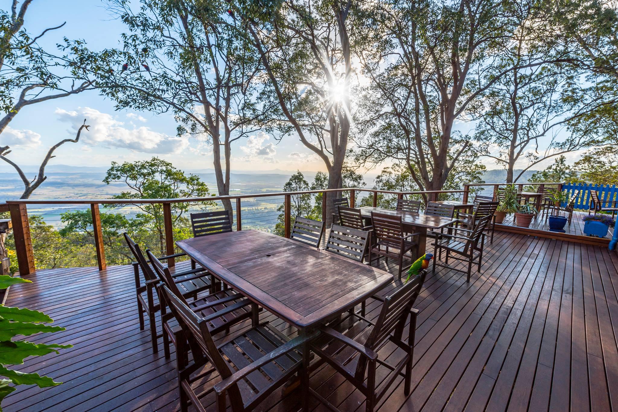 polish cafe deck