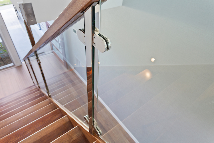 glass clamps stainless steel posts